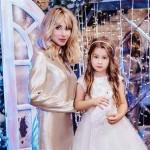 Светлана Лобода впервые показала лицо дочери Евангелины (фото)
